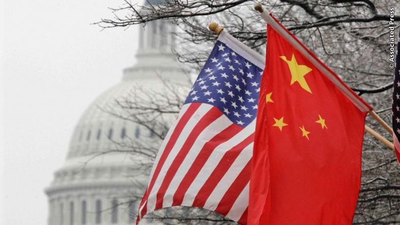 El presidente Donald Trump y el viceprimer ministro chino, Liu He, firmaron este miércoles la Fase 1 de un acuerdo comercial entre Estados Unidos y China después de casi dos años de intensificación de las tensiones comerciales.
