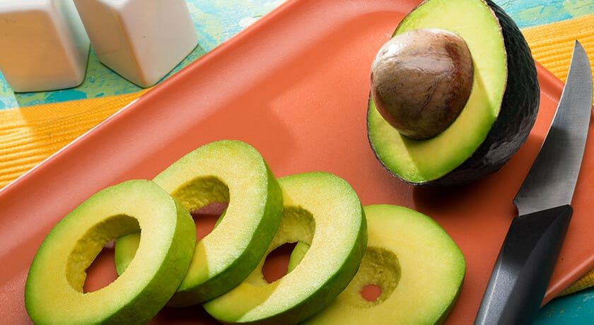 Mexican avocado exports totaled 2.992 million dollars from January to November 2020, according to data from the Ministry of Economy.