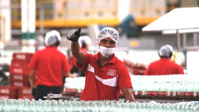 The Mexican company Coca-Cola FEMSA reported this Thursday that its sales volume fell 2.5% at an annual rate in 2020.