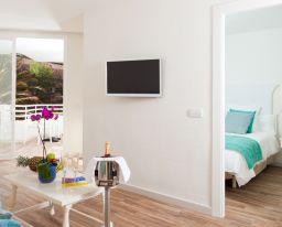 Fergus Style Cala Blanca Suites Santa Ponca Standardzimmer