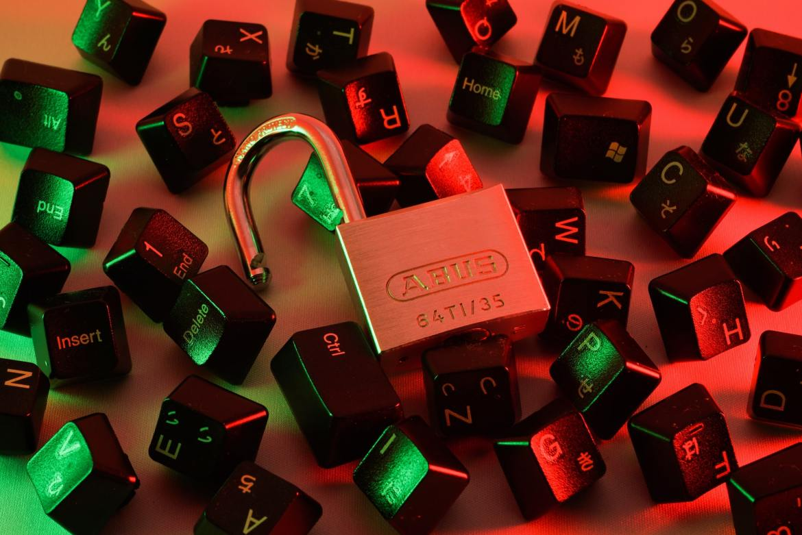 10 reasons for enrolling in the Cyber Security training program.