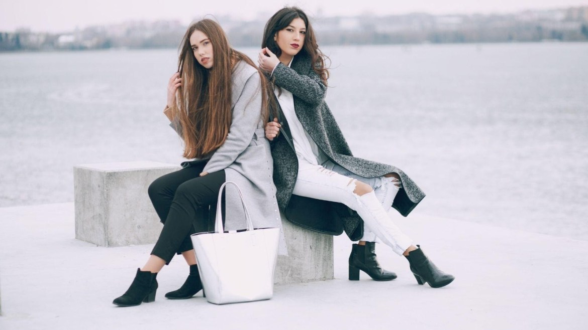 9 Warm and Chic Winter Pieces That Make Your Winter Really Exciting