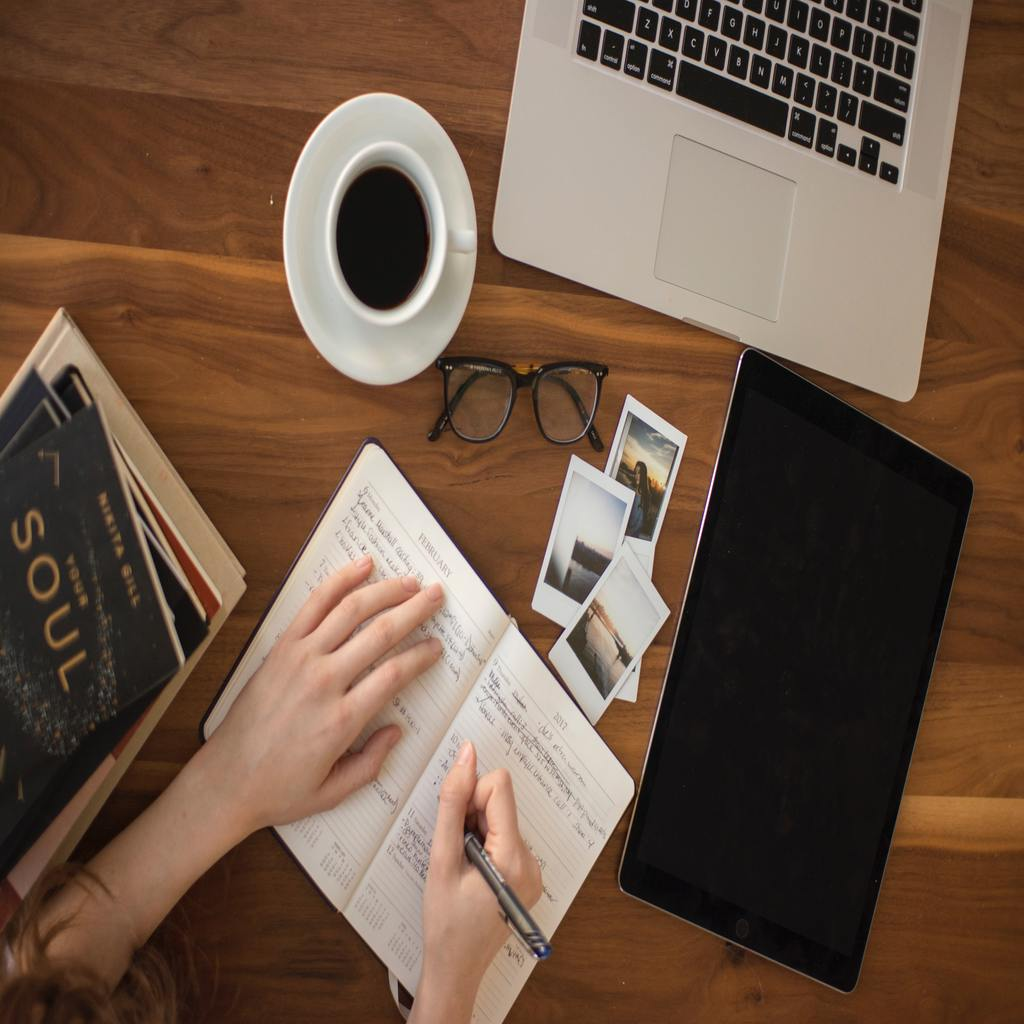 5 Effective Writing Tools Students Can Use for Studies