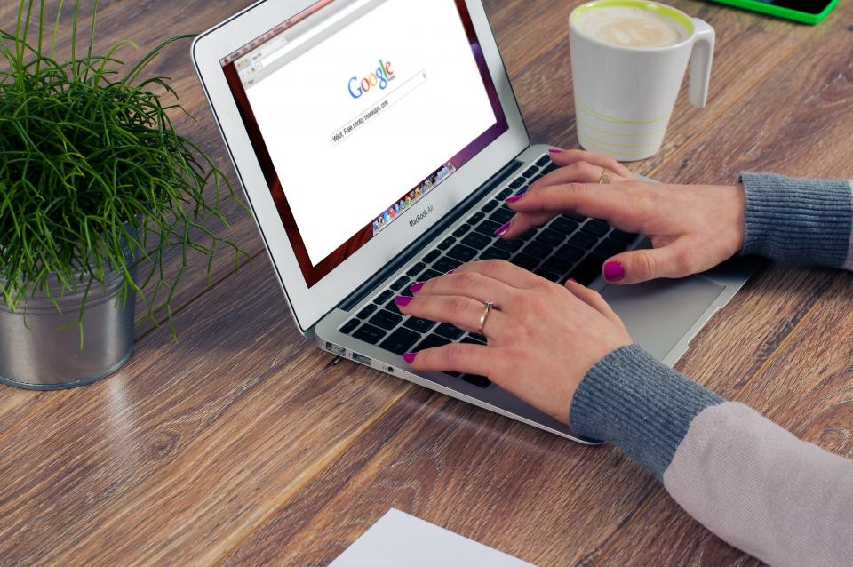 How a Shopify Web Designer Can Support Your SEO Campaign