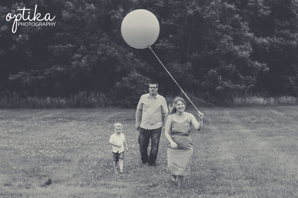 Family Gender Reveal Photo Session by Optika Photography in Franconia Pa