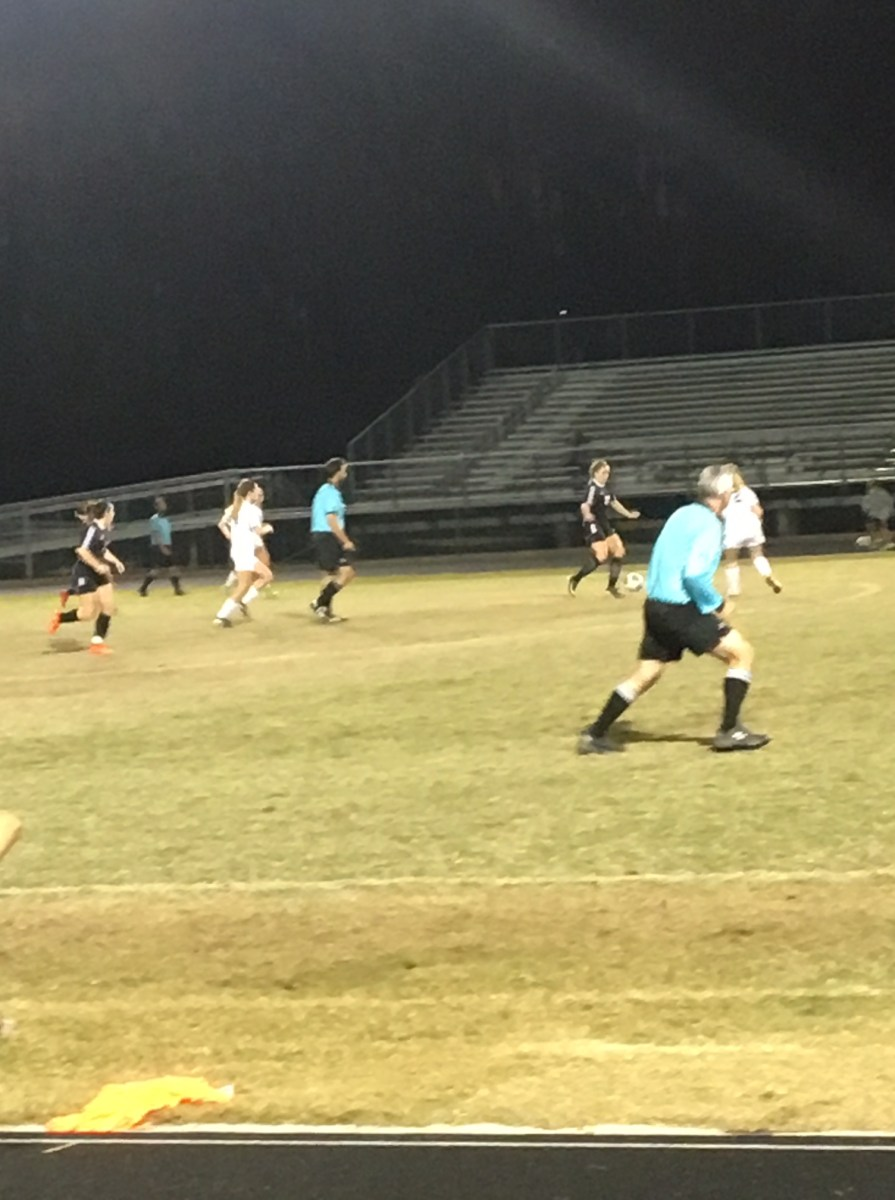 Steinbrenner Varsity Girls Soccer Team ends losing streak