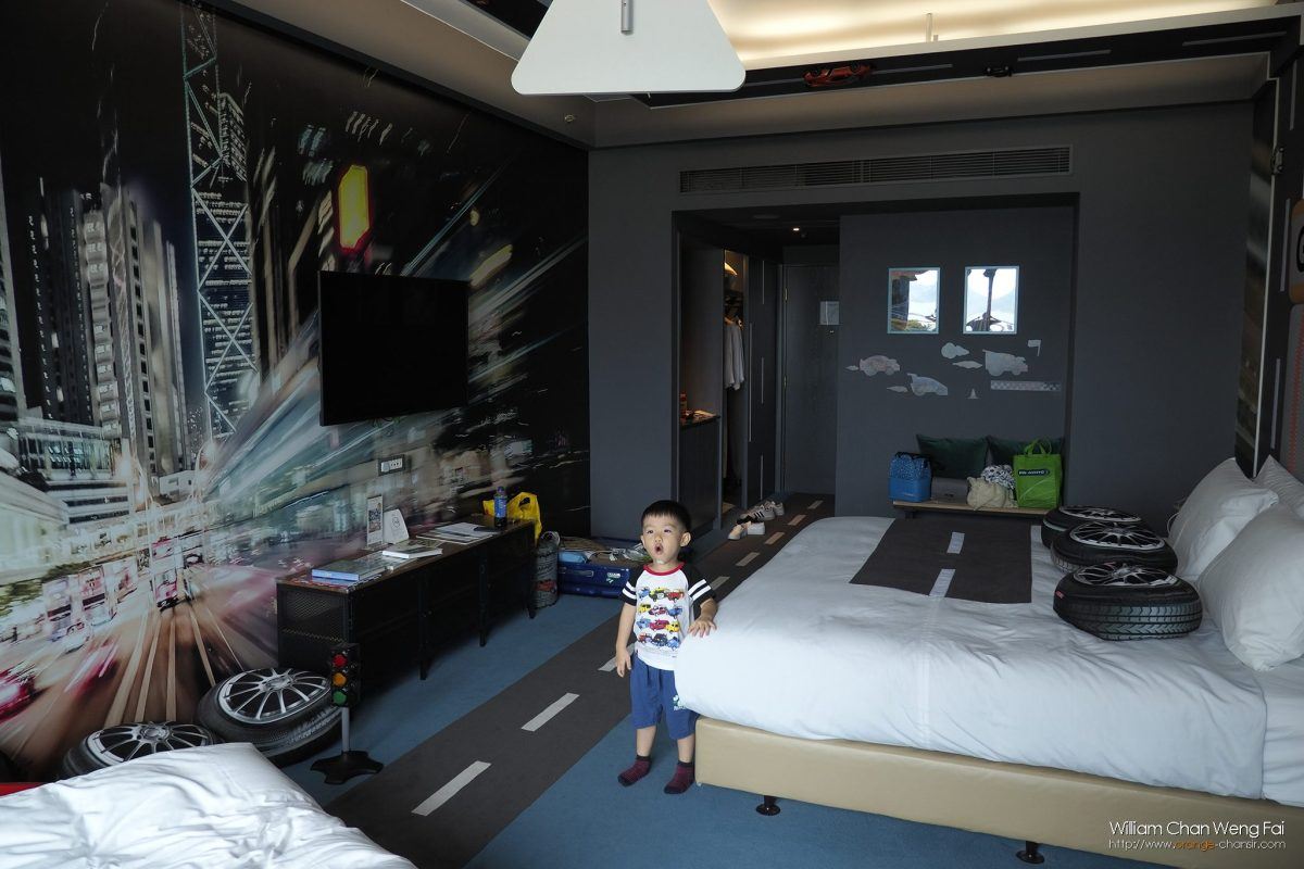 很喜歡酒店的「車車房間」!