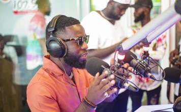 Ghanaian hiplife artiste, Ronald Kwaku Dei Appiah, popularly known as Bisa Kdei has said that he is amazed to see Gyakie rise beyond measure.