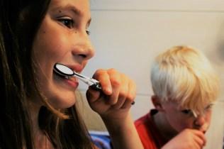 Hoe vaak moet je tanden poetsen?