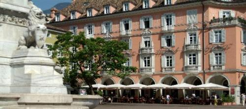 Bed Breakfast Hotels In Bolzano Best Rates Reviews