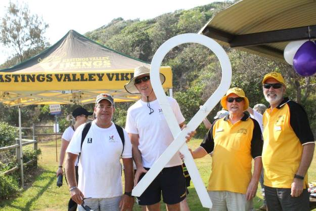 Photo courtesy of Rick Ayy from the Hasting Valley Vikings - Dennis VK2DAM and Ray VK2JU with Peter Besseling and one other!