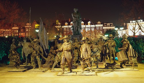"""The 3-D """"Night Watch"""" in Rembrandt Square/2006"""