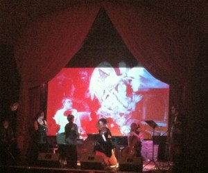 Beth Karp conducted a chamber ensemble at Classical Revolution PDX's Decomposers Night.