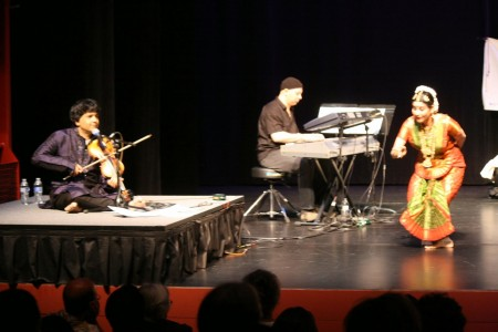 Jayanthi Raman dances with keyboardist Osam Ezzeldin and violinist Vidwan Ganesh Rajagopalan/Courtesy Rasika