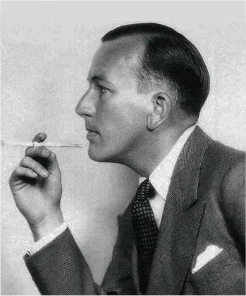 Noël Coward, ca. 1930. Wikimedia Commons