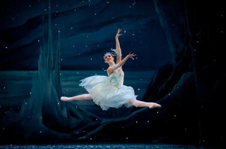 Kelsie Nobriga as a Snowflake. Photo: James McGraw
