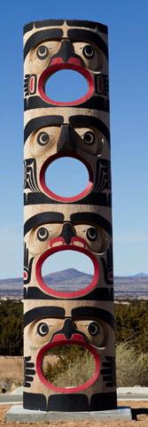 Calvin Hunt, Hamatsa tethering pole, 2007. Photo: Ralph T. Coe Foundation