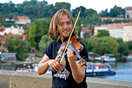 fiddler on bridge