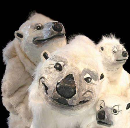 Polar bears ...