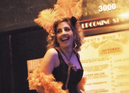Miz Kitty, the vaudeville hostess with the mostest.