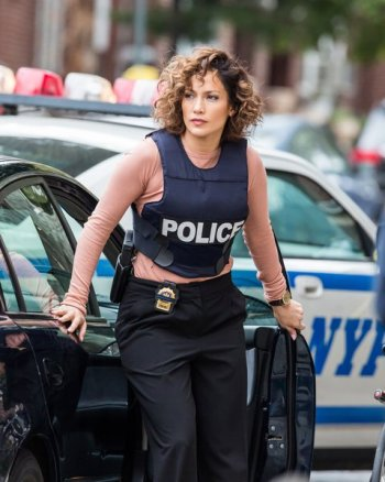 Jennifer Lopez has legal problems in 'Shades of Blue'
