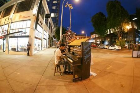 PIanoPushPlay puts pianos around Portland. Photo: Benji Vuong.