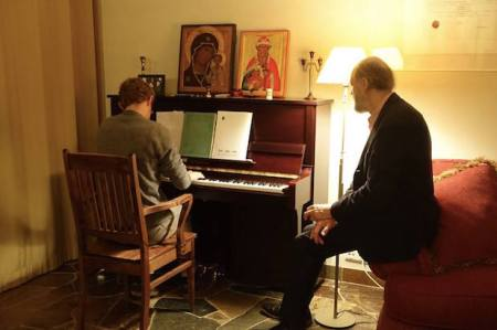 Justin Graff performs his music and that of Arvo Pärt. Credit: Arvo Pärt Centre.