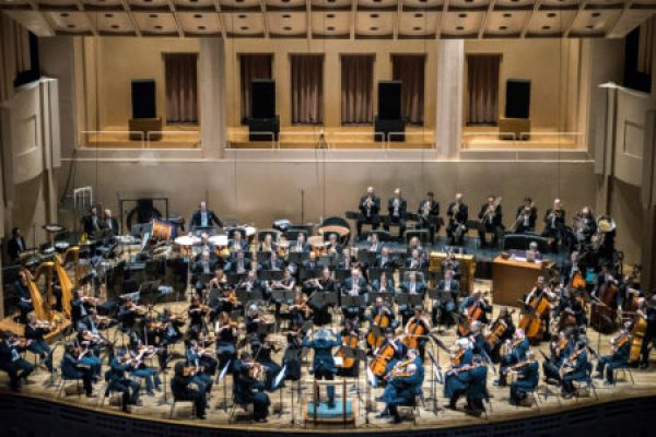 The Oregon Symphony closed its 2015-16 season with a performance of Mahler's third symphony.