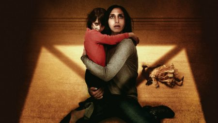 "Narges Rashidi and Avin Manshadi in ""Under the Shadow"""