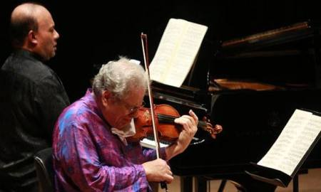 Perlman and De Silva performed in Portland.
