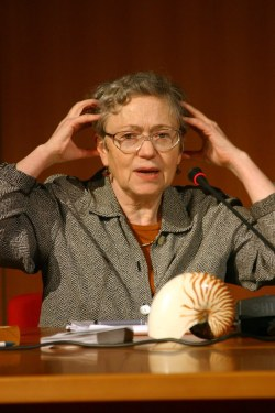 Mary Catherine Bateson, 2004. Photo: Wikimedia Commons
