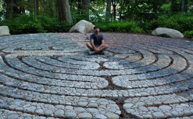 Garden artist Jeffrey Bale will teach participants in a Zoom presentation hosted by the Hoffman Center for the Arts how to make pebble mosaics for their gardens.