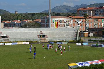 Calcio-Eccellenza. Igea Virtus tutta cuore travolge i sogni dello Scordia