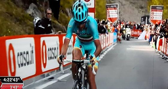 """Ciclismo. Orgoglio siciliano, lo 'Squalo dello Stretto' conquista la Maglia Rosa. Nibali: """"Tappa fantastica, vittoria di squadra"""""""