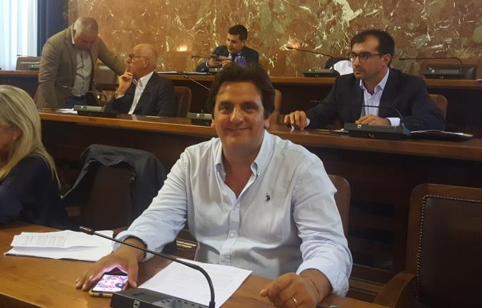 """Messina. Sorbello contro la sospensione delle commissioni consiliari: """"Pericoloso precedente"""""""