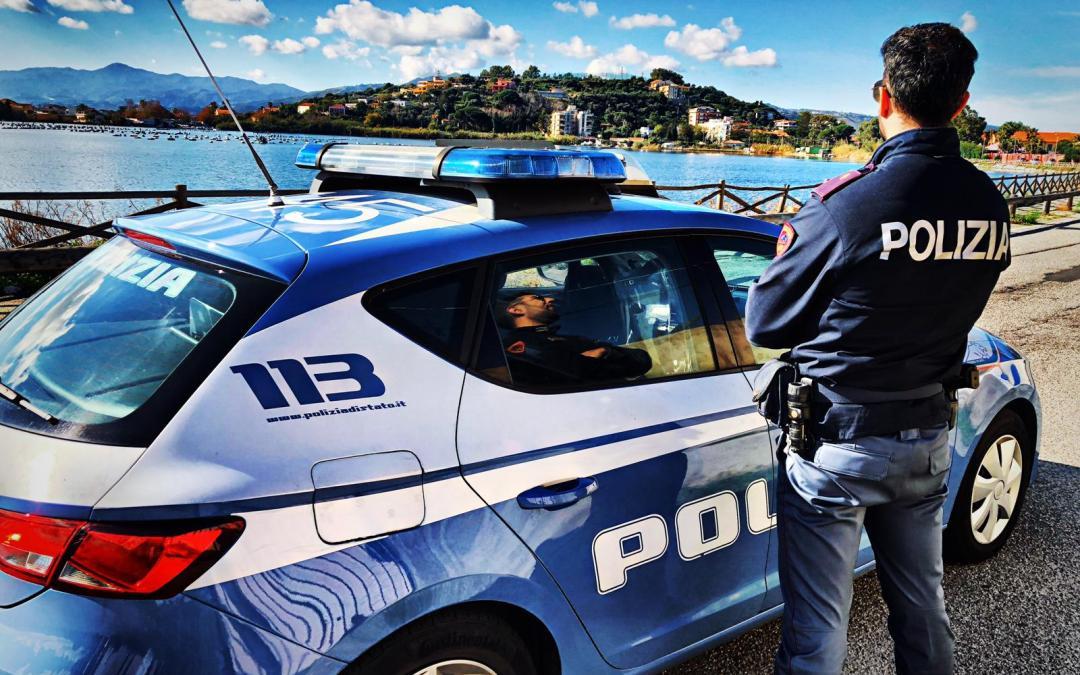 Polizia arresta 36enne per lesioni aggravate, agente aggredito e minacciato con asta in ferro