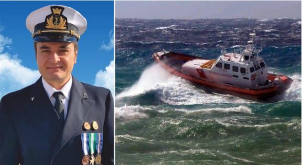 """#Riflessione Il sacrificio del guardiacoste: """"Società 'in balia delle onde', delega il coraggio all'eroe"""""""