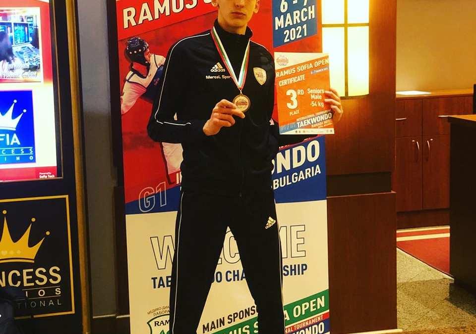Barcellona PG. Teakwondo, un bronzo e tanta esperienza a Sofia per l'Asd Dream