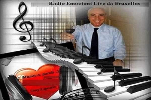 Tony Esposito e 'Radio Emozioni Live' da Bruxelles. Il successo del suo programma 'Musica e Parole'