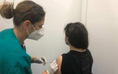 Lipari. Aperto Hub vaccinale al Pala Congressi: circa 600 vaccini. A Milazzo, al Parco Corolla: lunedì apertura centro vaccinale