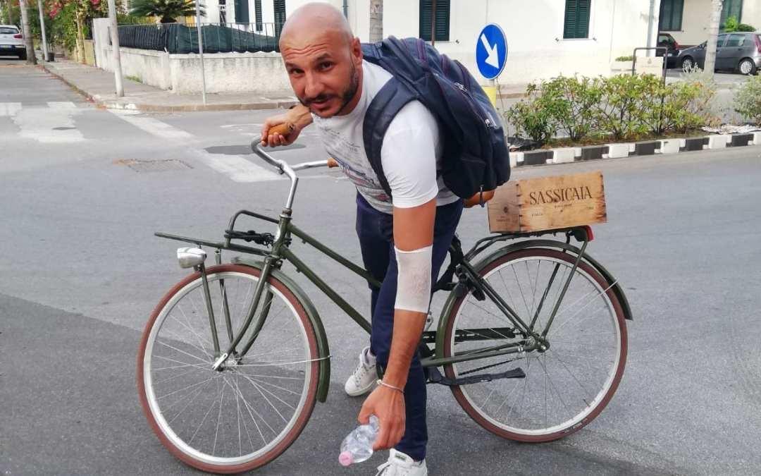 Oliveri. Via al 'Plogging' pulizie in bici, il sindaco Iarrera in prima linea