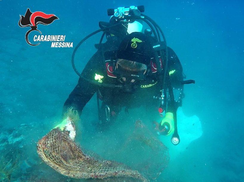 Milazzo. Rete 'fantasma' di 200 metri recuperata in mare