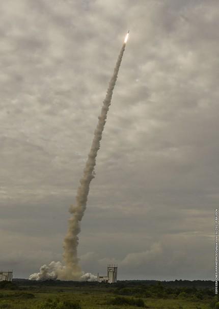 VA225 Decollage Ariane5 depuis TOUCAN le 20/08/2015