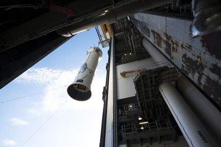 ULA's Atlas V Centaur stage arrival, and lift & mate at the VIF, Pad 41.