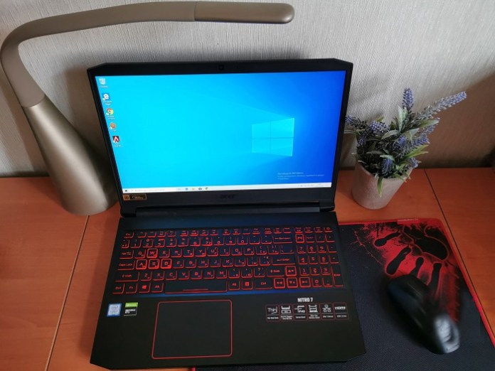 Acer Nitro 7 AN715-51 Decent Gaming Laptop