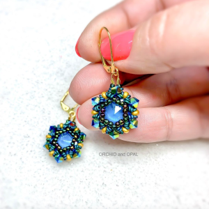 beading pattern - royal plumage earrings
