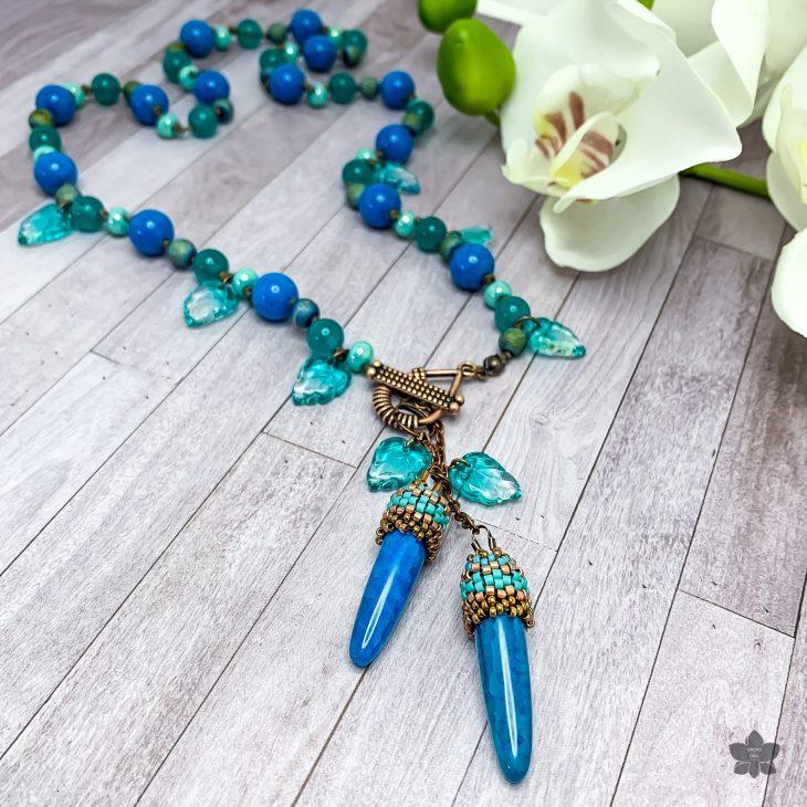 Aqua and Teal Leafy Beaded Agate Toggle Pendant Necklace