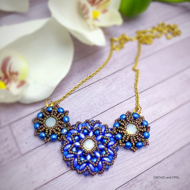 spring blossoms beaded necklace blue