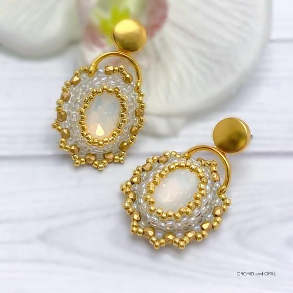 Golden Hour Crystal Beaded Earrings - White/Gold