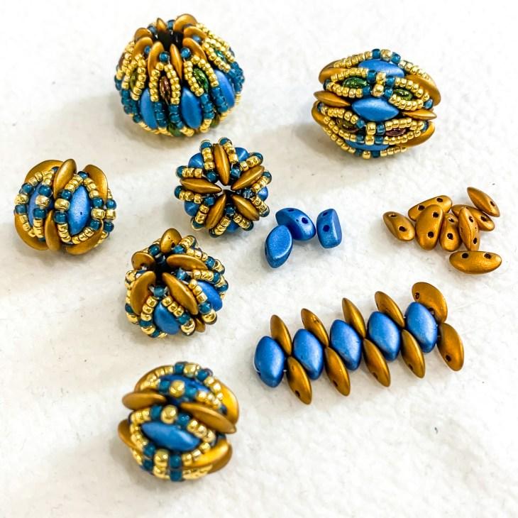 chameleon beaded beads in progress